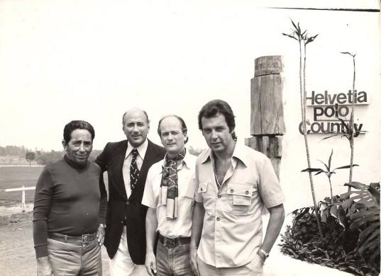 Florêncio Rodrigues (à esquerda) no início do Helvetia Polo Country Club. (crédito – Hélio Junqueira Meirelles)