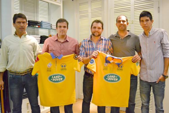 Equipe brasileira no lançamento da camisa para o Mundial (crédito/30jardas.com.br)